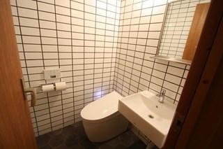 トイレ(兼用)